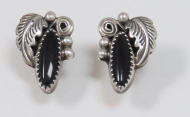 Ohrringe Navajo Onyx mit Blattformen